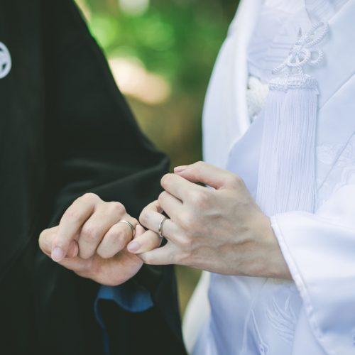 コロナウィルス自粛生活を共に過ごし、結婚を決意したふたり